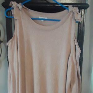 Maurices cold shoulder Pink size 2X